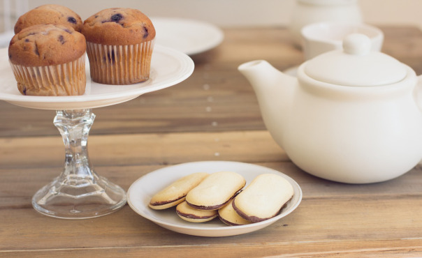 Tea parties for the elderly tackle loneliness