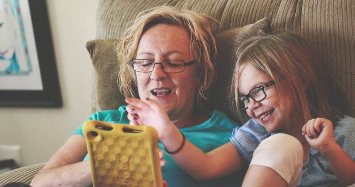 Chief Medical Officers issue advice on children's screen time